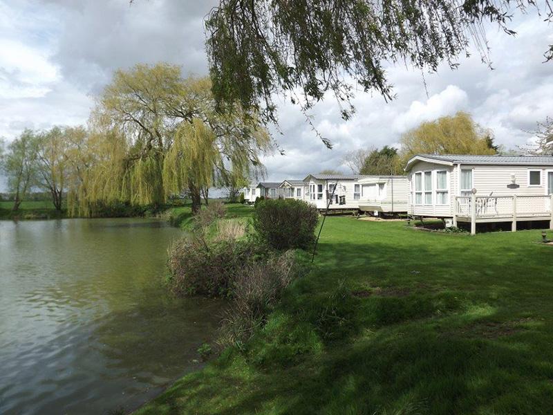 Fox Leisure site - Cambridgeshire - 3858 - Main