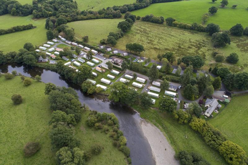 Fox Leisure site - Powys - 3937 - Main